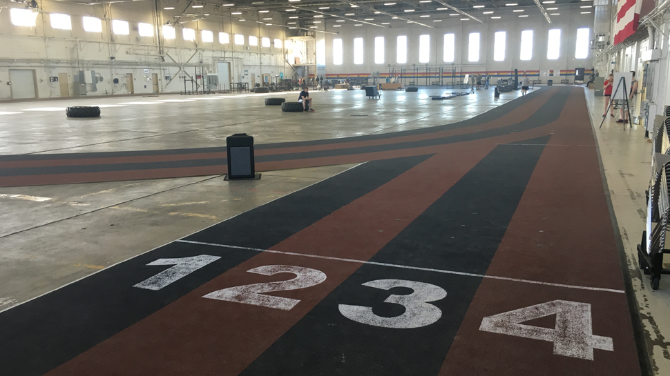 Hangar-5-indoor-track-5